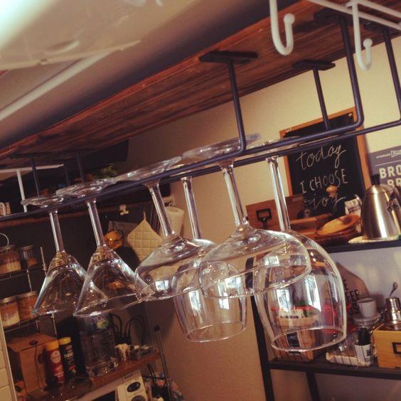 アイアンバーでワイングラス収納