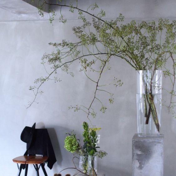 フラワーベースの花飾り方イメージ