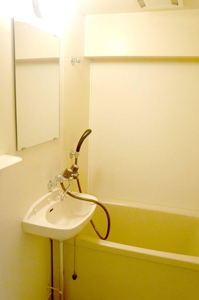 片野203号室の風呂