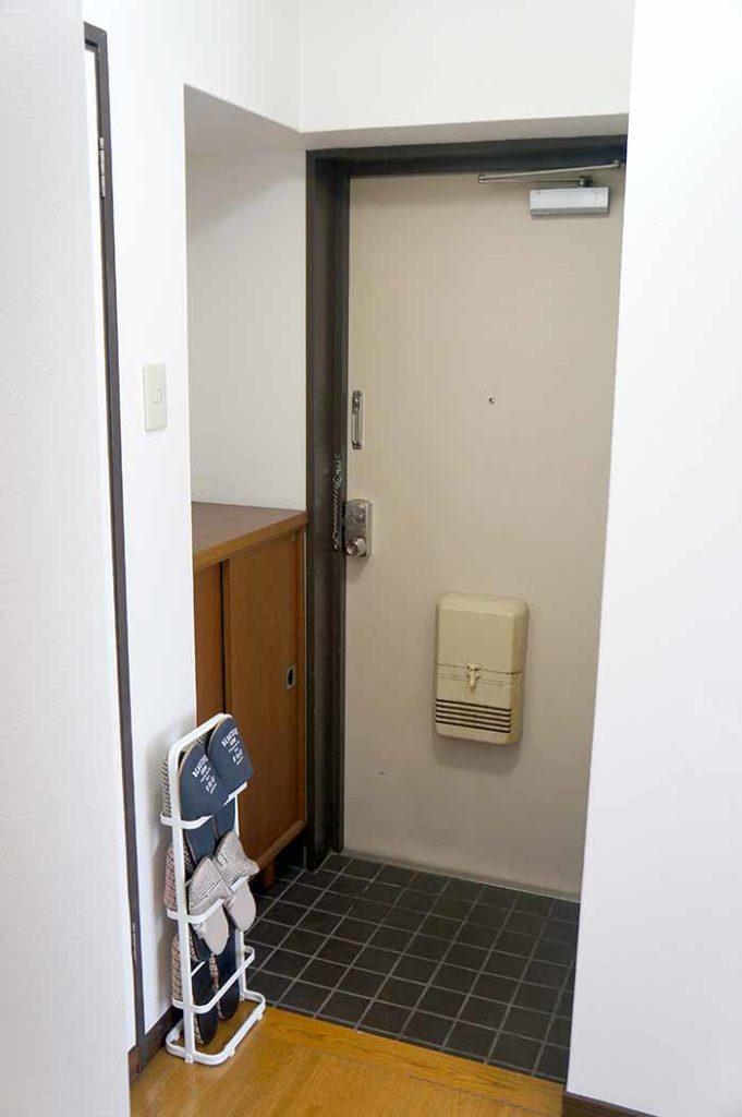 片野706号室の玄関